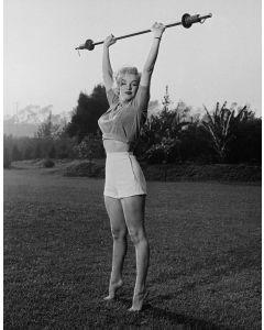 Marilyn workin'it